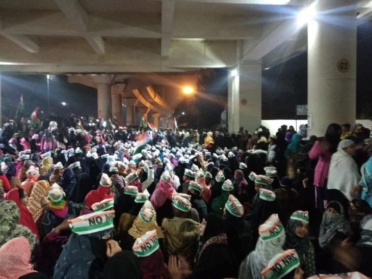 CAA विरोध में जाफराबाद बना शाहीन बाग