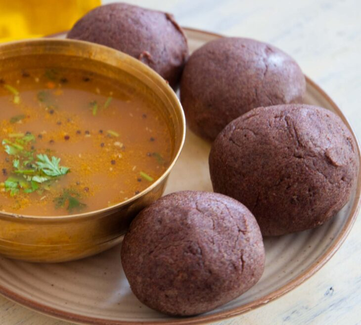 रागी बॉल रेसिपी बनाने की विधि (Ragi mudde / Ragi ball recipe)