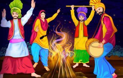 Lohri 2021: क्यों मनाया जाता है लोहड़ी का त्योहार, अग्नि में रेवड़ी-मूंगफली डालने का क्या महत्व है, एवं दुल्ला भट्टी की कहानी